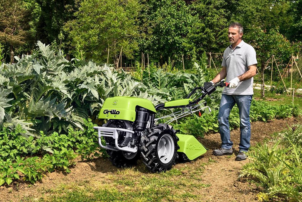 Vermietung Agrarmaschinen Fräse GRILLO G131_ZWO Baumaschinen-Service GmbH