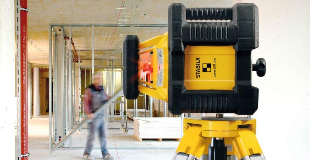 Vermietung Vermessungstechnik Baulaser Außenbereich STABILA LAR250_ZWO Baumaschinen Service GmbH