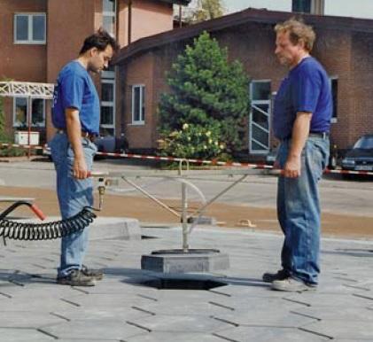 Vermietung Pflastererwerkzeuge Vakuum-Hebegerät PROBST MJJ_ZWO Baumaschinen Service GmbH