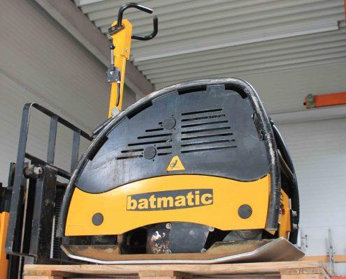 ZWO Baumaschinen Service GmbH Gebrauchtmaschinen Rüttelplatte BATMATIC CR5570